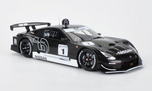 Nissan GT-R (R35) 1:18, AUTOart