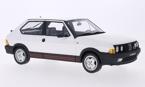 Fiat Ritmo Abarth 130 TC 1:18, Laudoracing-Model