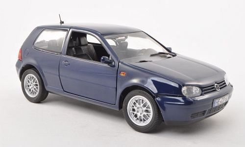 VW Golf IV 1:18, Revell